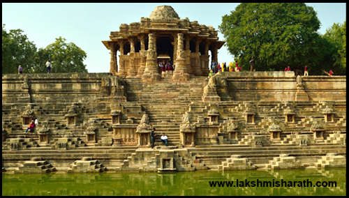 10-Most-Magnificent-Temples-of-India-01
